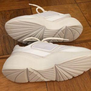 bae43fd8bbf Steve Madden Shoes - Brand new Steve Madden dad sneakers
